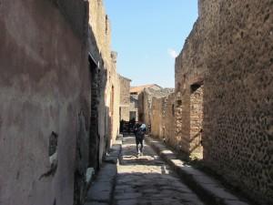 Pompeii  street (c) Alison Morton