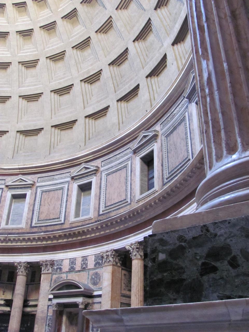 Silent Sunday – Pantheon